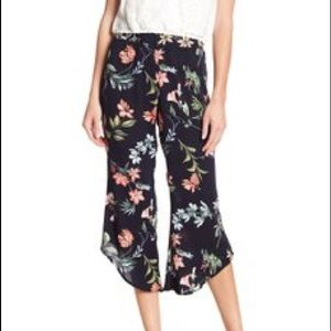 NWOTs CODEXMODE • Floral Light With Pull On Pants
